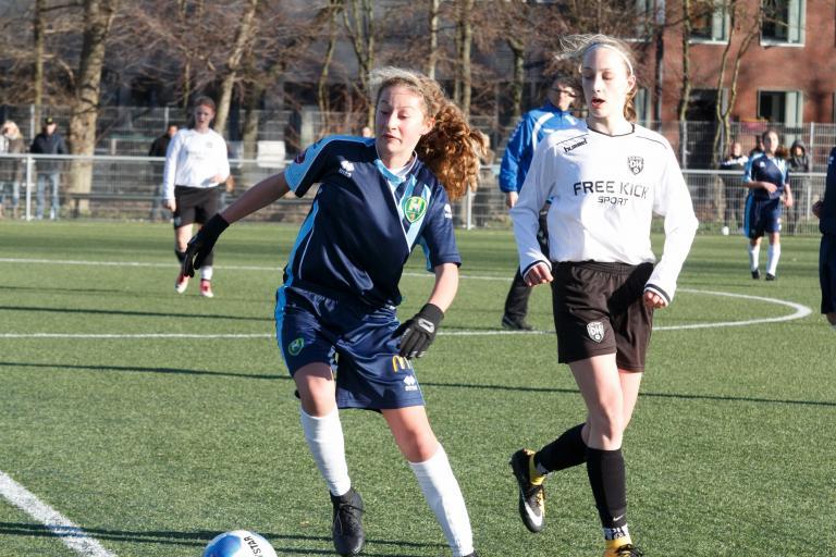 ADO Girls Academy teams kennen mooie start nieuwe jaar