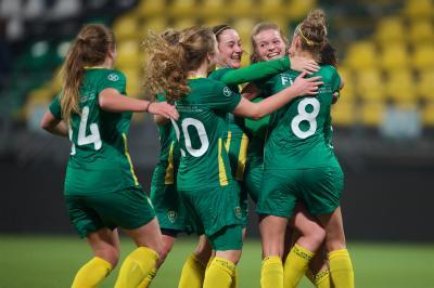 ADO Vrouwen in 'Haags kwartiertje' naast Ajax