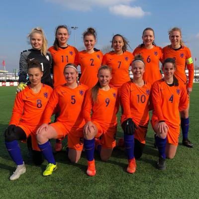 Winst voor Oranje O17 met Grant, Ravensbergen en Kagie