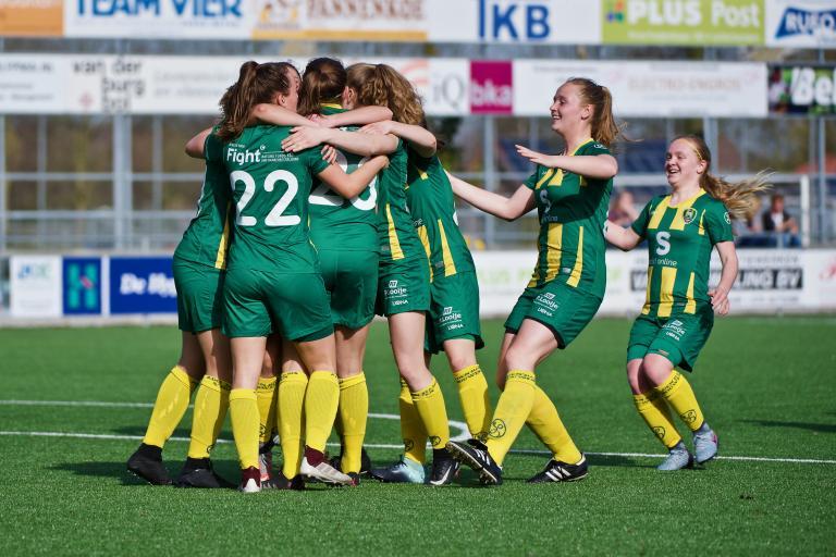 Jong ADO Vrouwen wint met zevenklapper van SSS VR1