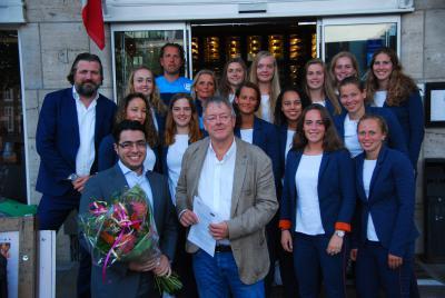 Ristorante Fratelli nieuwe hoofdsponsor ADO Den Haag Vrouwen