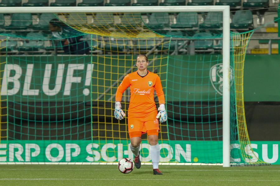 ADO Vrouwen struikelt over effectief PSV
