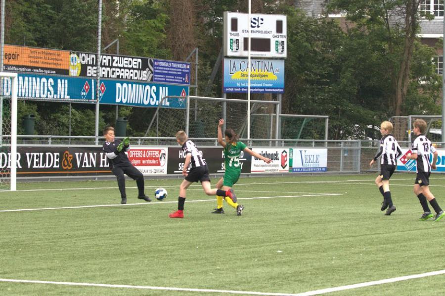 Nieuwe averij meiden O14 in titelstrijd, O16 lijdt tegen Leidschenveen