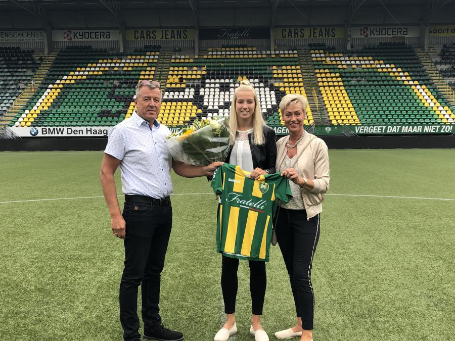 Jannette van Belen: ''Een nieuwe stap in mijn voetbalcarrière!''