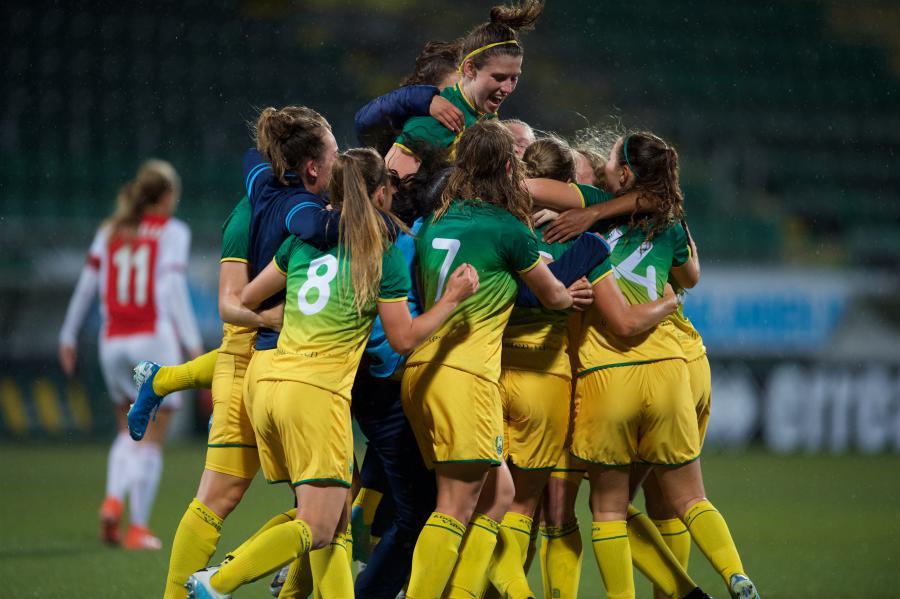 ADO Den Haag Vrouwen knokt zich naar zege op Ajax