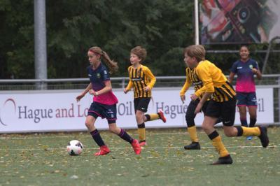 Meiden O15 leggen Koninklijke over de knie, 017 gelijk, beloften binden Feyenoord aan zegekar