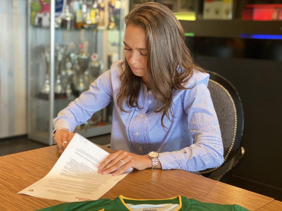 Shanique Dessing tekent tot medio 2022