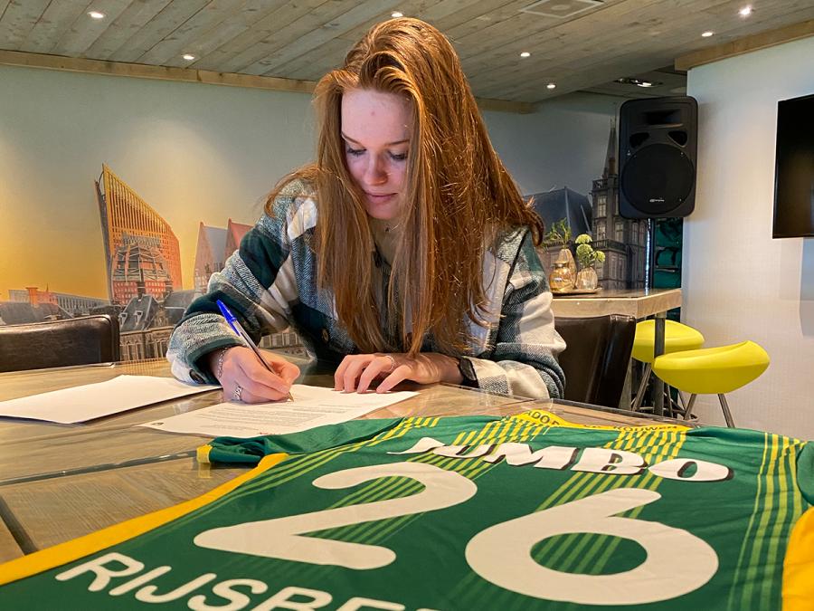 ADO Den Haag Vrouwen contracteert Liz Rijsbergen