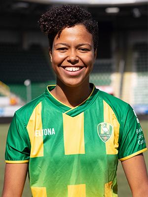 Naomi  Pique
