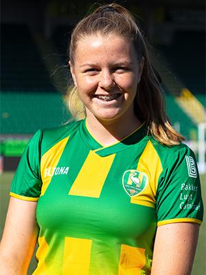 Nikki van den  Burg