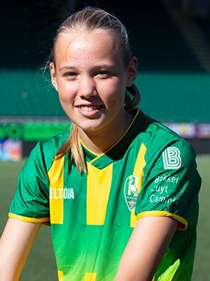 Esmee van der  Hoeven